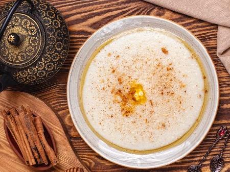 Грис халва по турски с орехи и масло - снимка на рецептата